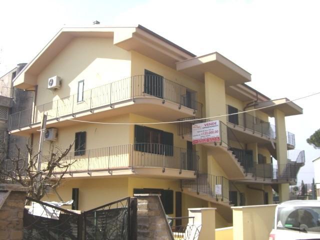 Appartamento in affitto a Cave, 4 locali, prezzo € 550 | CambioCasa.it