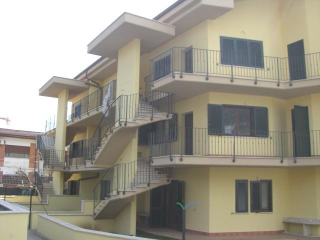 Appartamento in vendita a Cave, 5 locali, prezzo € 155.000 | CambioCasa.it