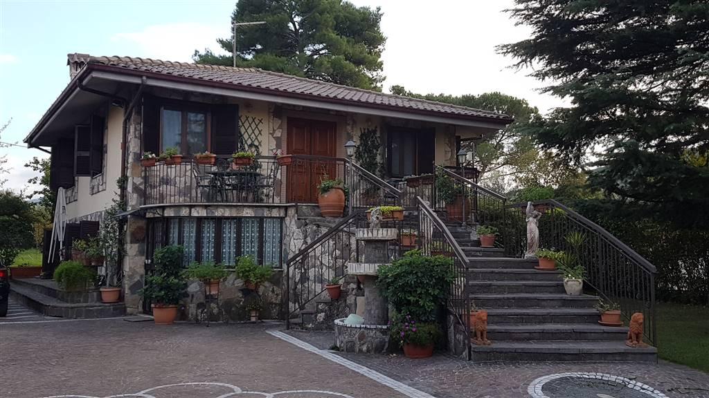 Villa in vendita a Colonna, 7 locali, prezzo € 359.000 | CambioCasa.it