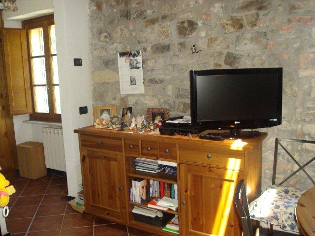 Appartamento in Vendita a Fosdinovo