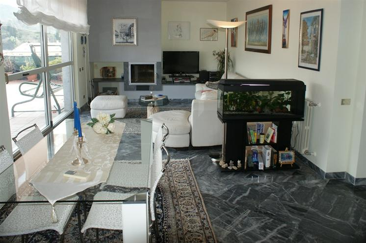 Appartamento, Carrara, in ottime condizioni