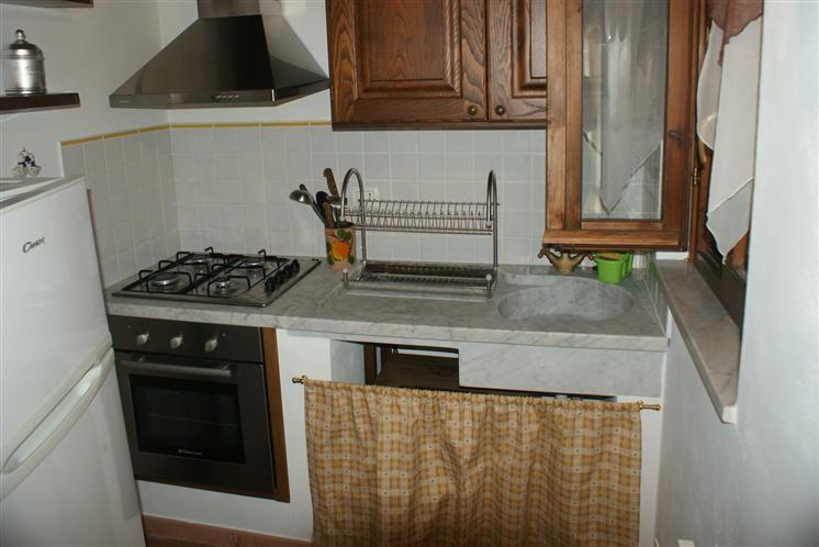 Soluzione Indipendente in affitto a Arcola, 4 locali, zona Zona: Piano di Arcola, prezzo € 550 | Cambio Casa.it