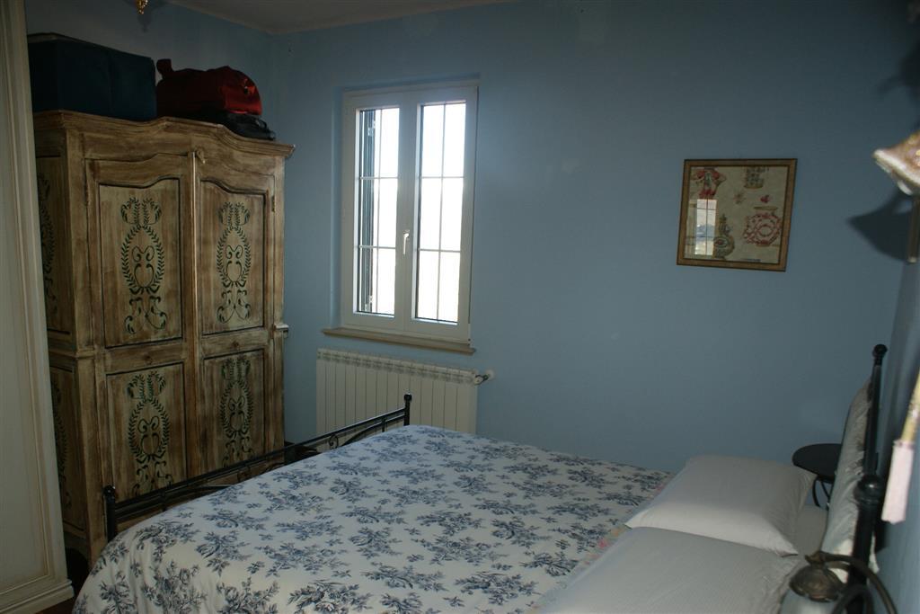 Appartamento in vendita a Vezzano Ligure, 3 locali, zona Zona: Vezzano Inferiore, prezzo € 115.000 | Cambio Casa.it