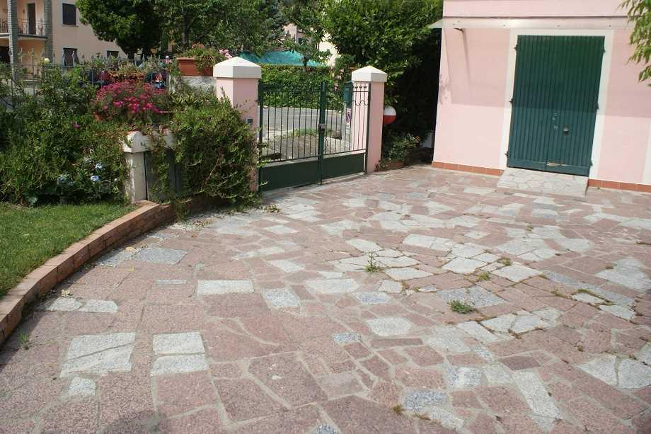 Appartamento in vendita a Ameglia, 4 locali, zona Zona: Bocca di Magra, prezzo € 220.000 | CambioCasa.it