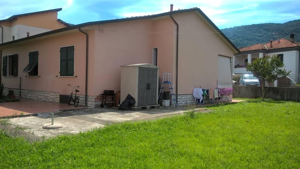 Soluzione Indipendente in vendita a Ameglia, 5 locali, prezzo € 260.000 | Cambio Casa.it