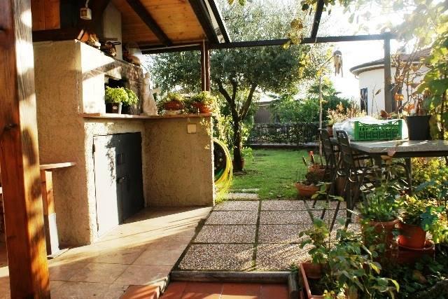 Appartamento in vendita a Castelnuovo Magra, 6 locali, zona Zona: Colombiera, prezzo € 360.000 | Cambio Casa.it