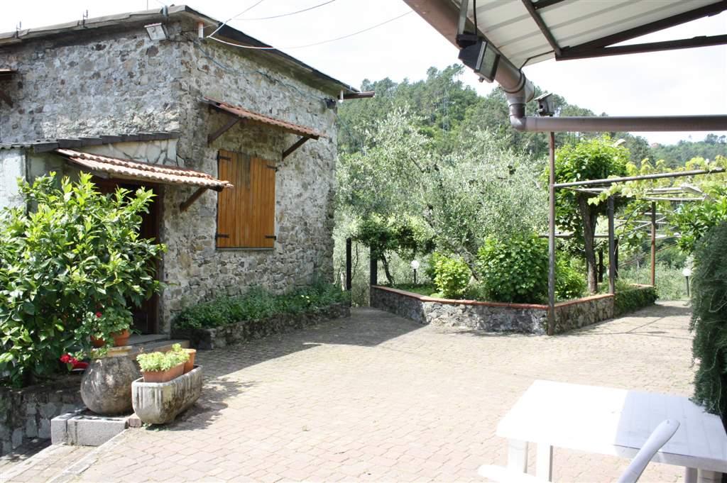 Rustico casale, Migliarina, La Spezia