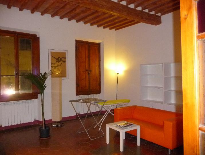 Appartamento in affitto a San Giovanni Valdarno, 4 locali, zona Zona: Centro, prezzo € 550 | Cambiocasa.it