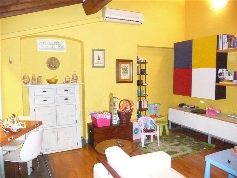 Appartamento in affitto a San Giovanni Valdarno, 2 locali, zona Zona: Centro, prezzo € 480 | Cambiocasa.it