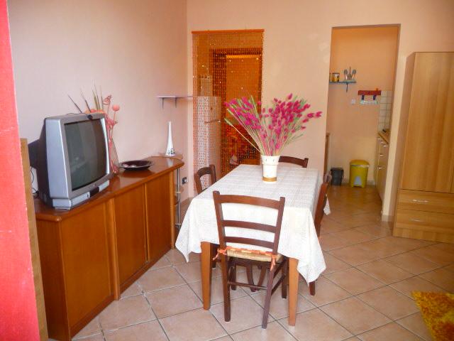 Appartamento in affitto a San Giovanni Valdarno, 1 locali, zona Zona: Oltrarno, prezzo € 360 | Cambiocasa.it