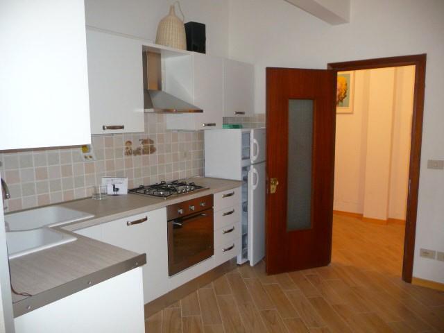 Appartamento in affitto a San Giovanni Valdarno, 4 locali, zona Zona: Centro, prezzo € 600   Cambiocasa.it