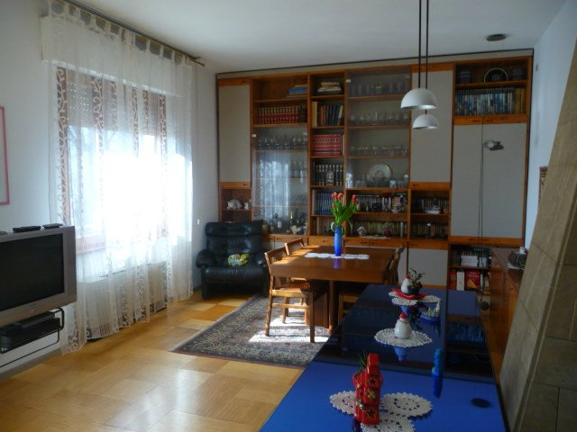 Appartamento in affitto a San Giovanni Valdarno, 5 locali, prezzo € 650   Cambiocasa.it