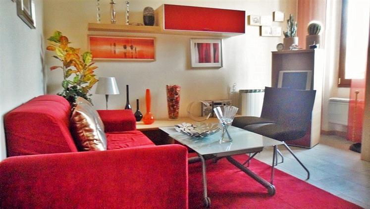 Appartamento in vendita a Firenze, 3 locali, zona Zona: 19 . Poggio imperiale, Porta Romana, Piazzale Michelangelo, prezzo € 155.000 | Cambiocasa.it