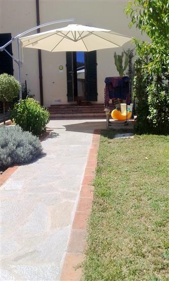 Villa a schiera, Pestello, Montevarchi, ristrutturata