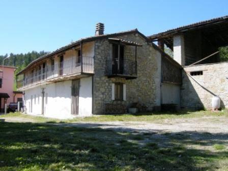 Soluzione Indipendente in vendita a Bagnaria, 8 locali, zona Zona: Casa Massone, prezzo € 85.000 | CambioCasa.it
