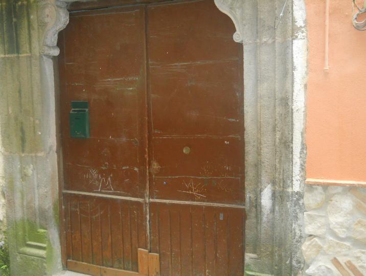 Appartamento in vendita a Sessa Aurunca, 8 locali, prezzo € 90.000 | Cambio Casa.it