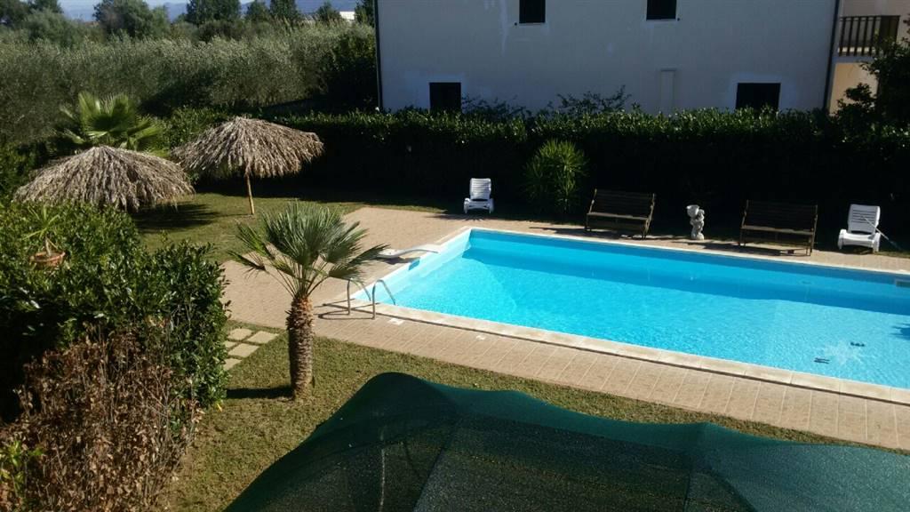 Villa in vendita a Sessa Aurunca, 12 locali, zona Località: CARANO, prezzo € 390.000 | CambioCasa.it