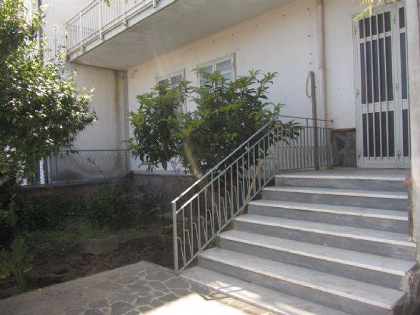 Casa semi indipendente a CASTEL SAN GIORGIO 200 Mq | 6 Vani | Giardino 200 Mq