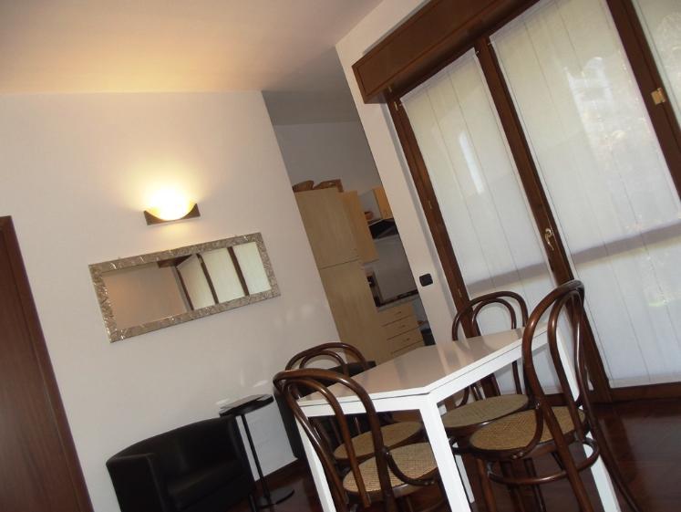 Appartamento in vendita a Monza, 2 locali, zona Zona: 7 . San Biagio, Cazzaniga, prezzo € 140.000 | Cambiocasa.it