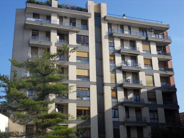 Appartamento in vendita a Monza, 3 locali, zona Zona: 5 . San Carlo, San Giuseppe, San Rocco, prezzo € 198.000 | Cambiocasa.it