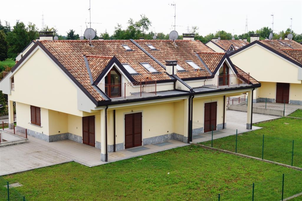 Villa Bifamiliare in vendita a Usmate Velate, 4 locali, zona Zona: Velate, prezzo € 330.000 | Cambio Casa.it