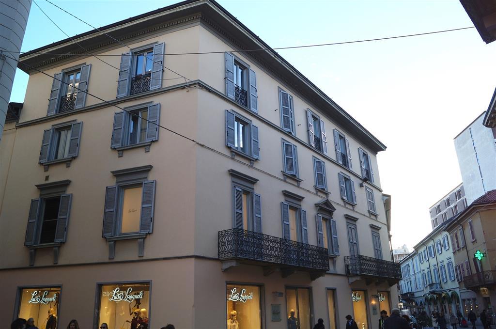 Ufficio / Studio in affitto a Monza, 4 locali, zona Zona: 1 . Centro Storico, San Gerardo, Via Lecco, prezzo € 730 | Cambio Casa.it