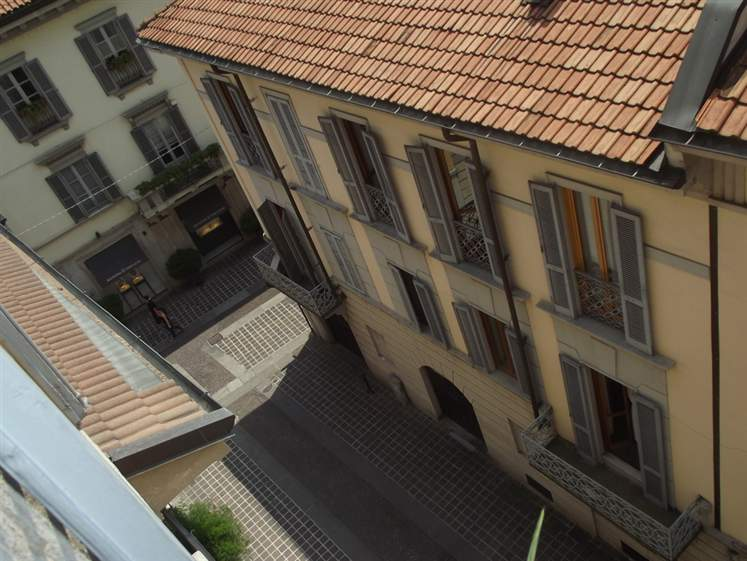 Appartamento in vendita a Monza, 2 locali, zona Zona: 1 . Centro Storico, San Gerardo, Via Lecco, prezzo € 220.000 | Cambiocasa.it