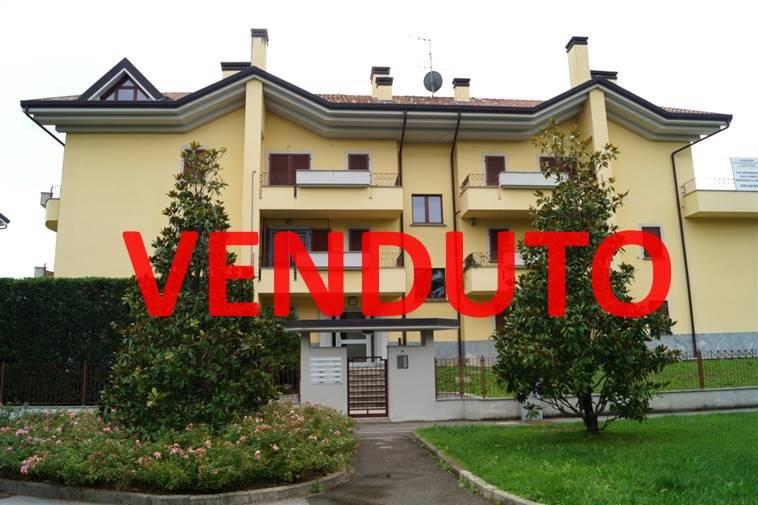 Appartamento in vendita a Usmate Velate, 2 locali, zona Zona: Usmate, prezzo € 145.000 | Cambio Casa.it