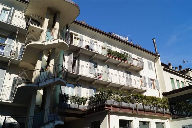 Bilocale in Via Cavour 5, Centro Storico, San Gerardo, Libertà, Monza