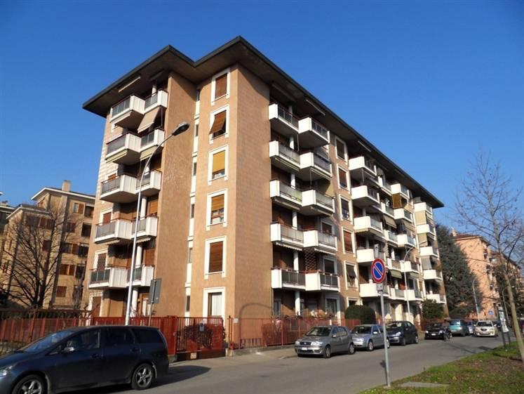 Appartamento in vendita a Monza, 3 locali, zona Località: SAN GIUSEPPE, prezzo € 160.000   Cambiocasa.it