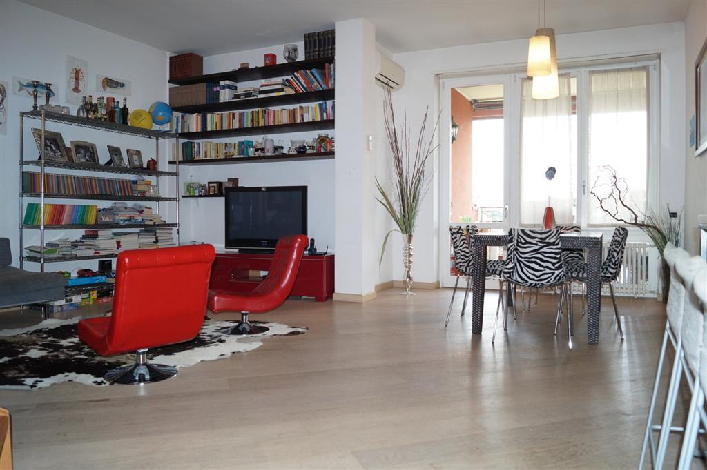 Attico / Mansarda in vendita a Monza, 4 locali, zona Località: PARCO, prezzo € 645.000 | Cambio Casa.it