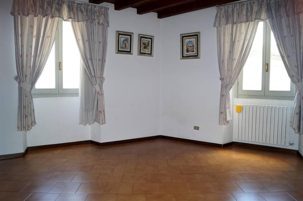 Appartamento in affitto a Monza, 3 locali, zona Zona: 1 . Centro Storico, San Gerardo, Via Lecco, prezzo € 750 | Cambio Casa.it
