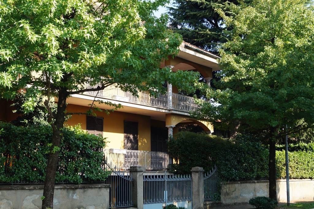 Villa in Vendita a Albiate