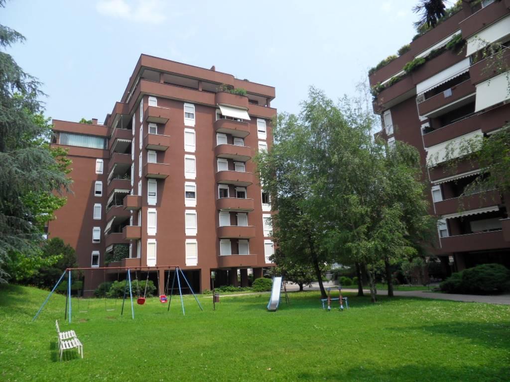 Appartamento in affitto a Monza, 2 locali, zona Zona: 5 . San Carlo, San Giuseppe, San Rocco, prezzo € 670 | Cambio Casa.it