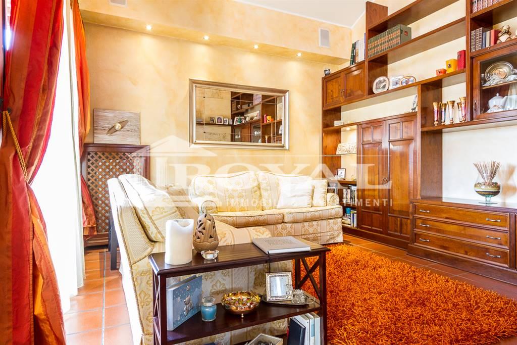 Appartamento in vendita a Cavenago di Brianza, 3 locali, prezzo € 180.000 | Cambio Casa.it