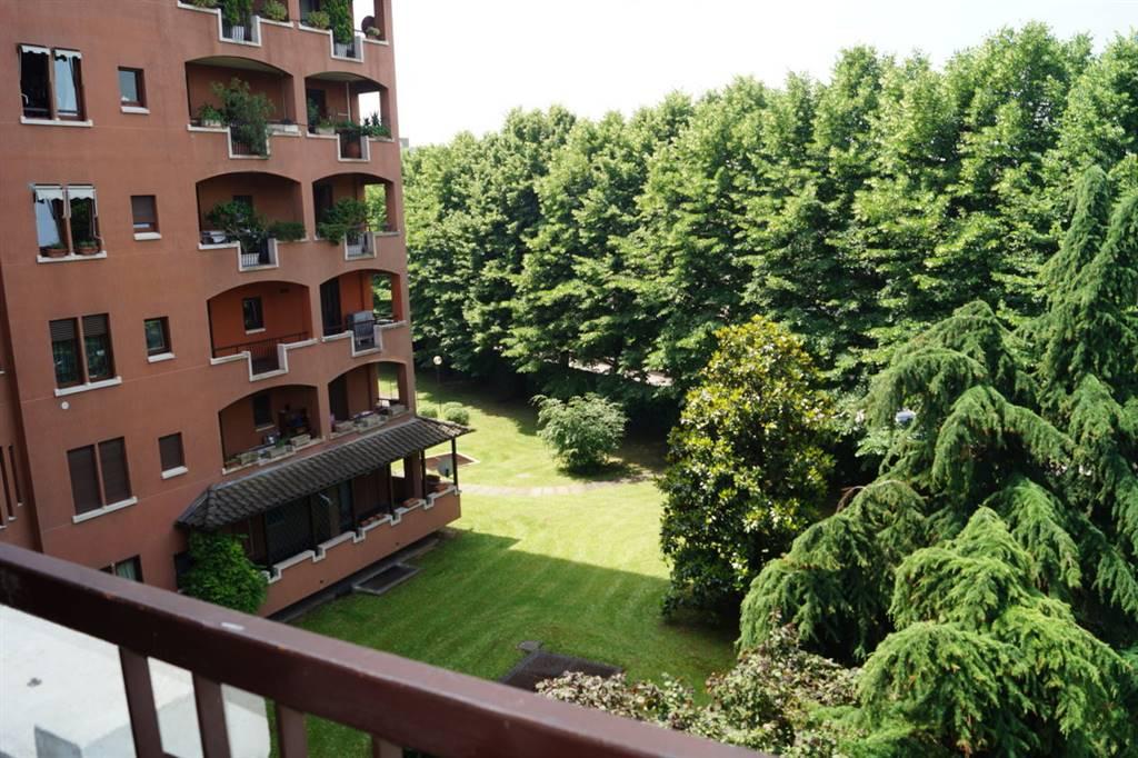 Appartamento in affitto a Vedano al Lambro, 3 locali, prezzo € 1.200 | CambioCasa.it
