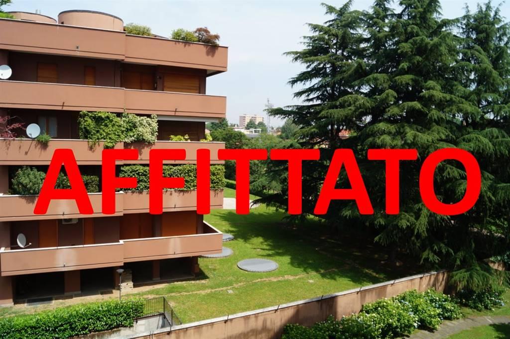 Appartamento in affitto a Vedano al Lambro, 3 locali, prezzo € 1.050 | CambioCasa.it