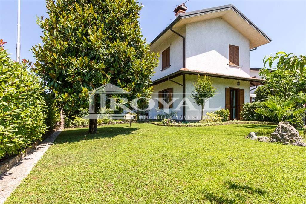 Villa in Vendita a Burago Di Molgora:  4 locali, 200 mq  - Foto 1