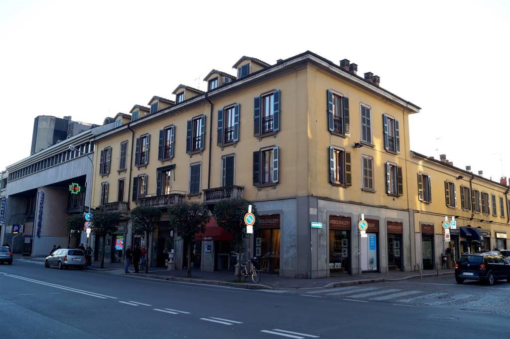 Ufficio-studio in Affitto a Monza: 2 locali, 58 mq
