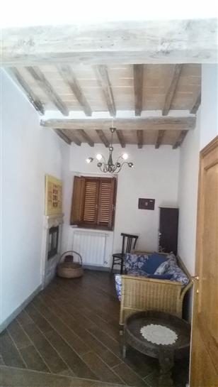 Appartamento in vendita a Chitignano, 3 locali, prezzo € 70.000 | CambioCasa.it