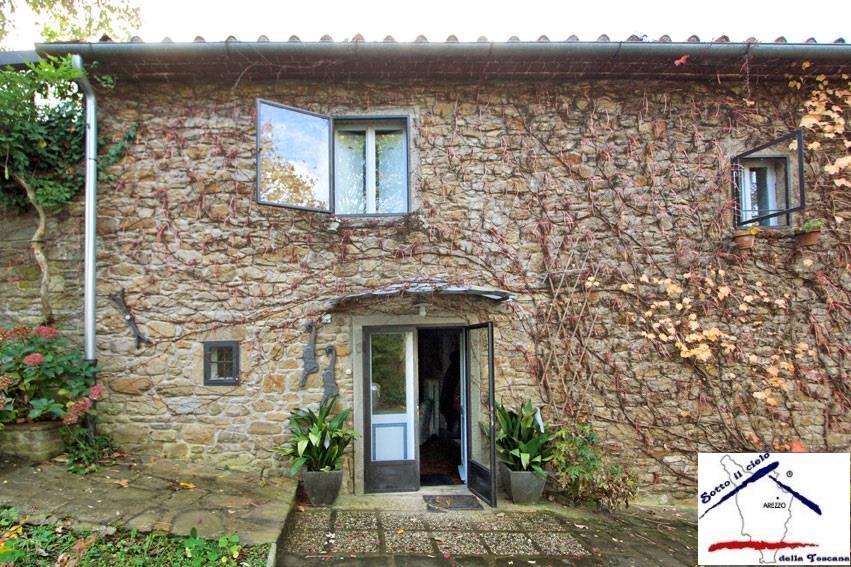 Casa  in Vendita a Chitignano