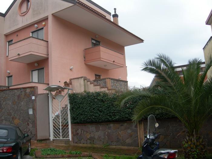 Villa in vendita a Pellezzano, 10 locali, zona Zona: Capezzano, prezzo € 750.000 | Cambio Casa.it