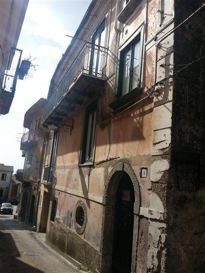 Soluzione Semindipendente in vendita a Calvanico, 3 locali, prezzo € 110.000 | Cambio Casa.it