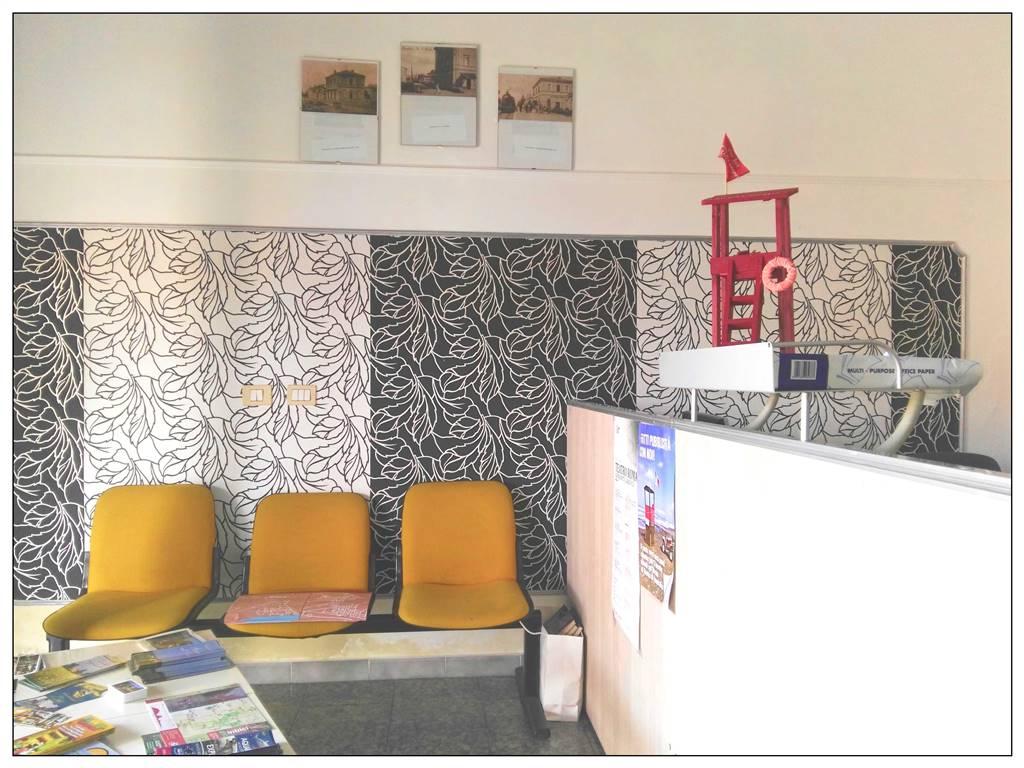 Negozio / Locale in vendita a Castagneto Carducci, 9 locali, zona Zona: Donoratico, prezzo € 150.000 | CambioCasa.it