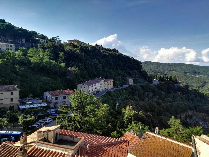 Attico / Mansarda in affitto a Sassetta, 4 locali, zona Località: SASSETTA, prezzo € 350 | Cambio Casa.it