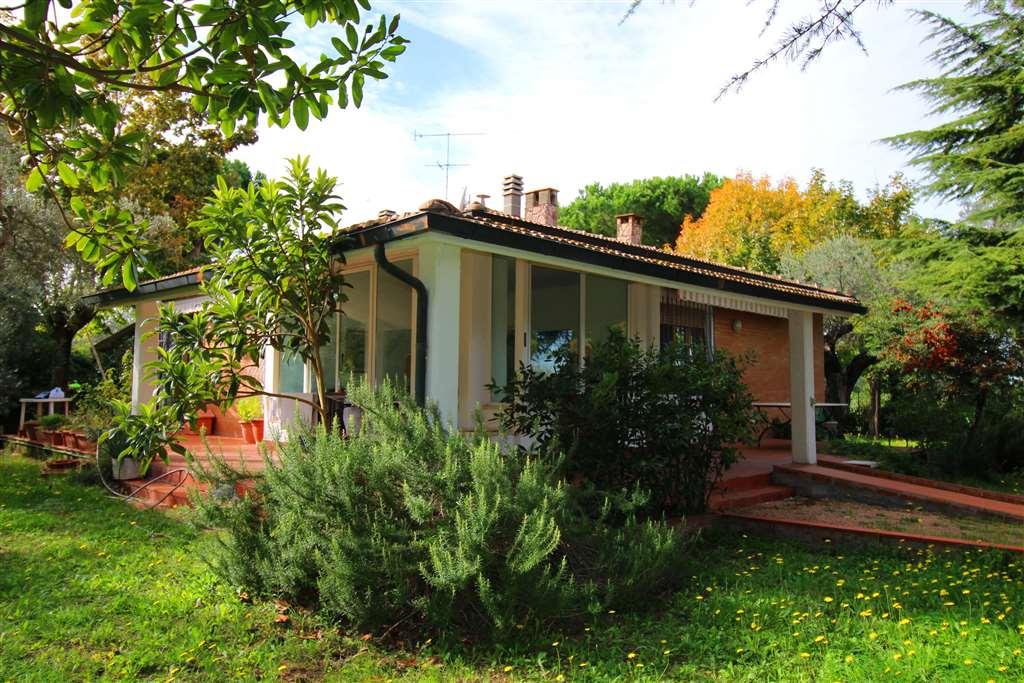 Villa in vendita a Castagneto Carducci, 6 locali, zona Località: CASTAGNETO CARDUCCI, prezzo € 450.000 | Cambio Casa.it