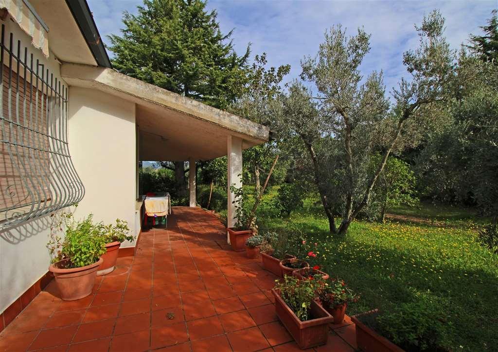 Villa in vendita a Castagneto Carducci, 6 locali, zona Località: CASTAGNETO CARDUCCI, prezzo € 450.000   Cambio Casa.it
