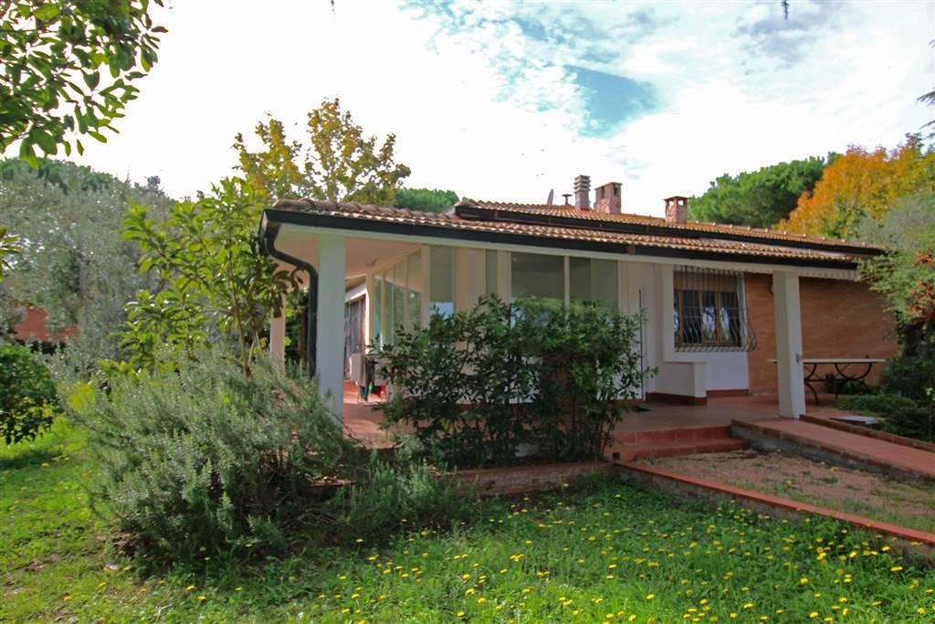 Villa in vendita a Castagneto Carducci, 6 locali, prezzo € 380.000   CambioCasa.it