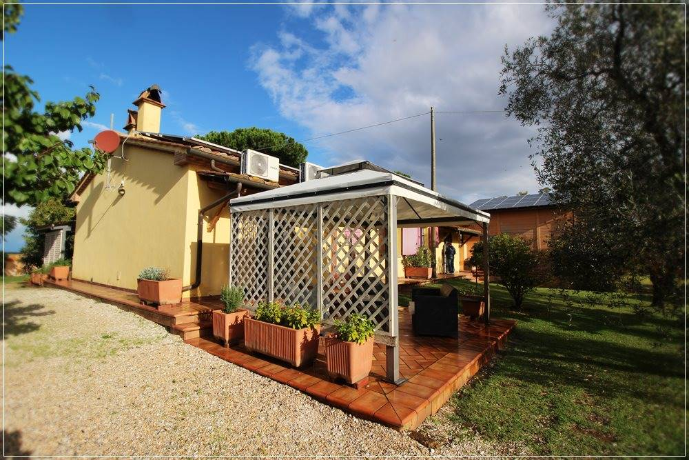 Casa singola a Castagneto Carducci (1/5)