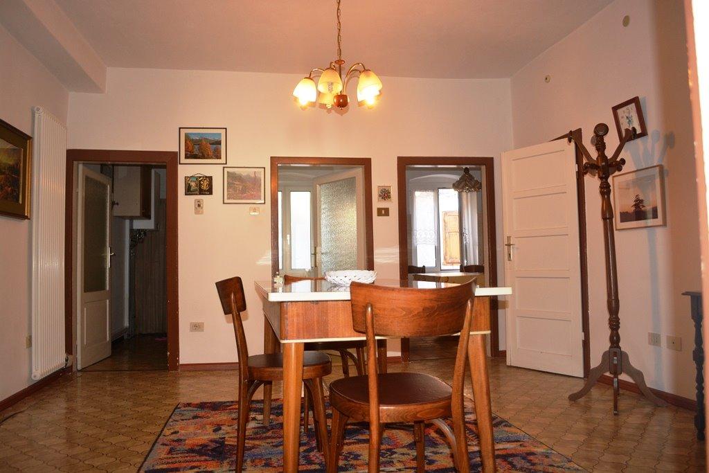 Soluzione Indipendente in vendita a Albiano, 5 locali, prezzo € 93.000 | Cambio Casa.it